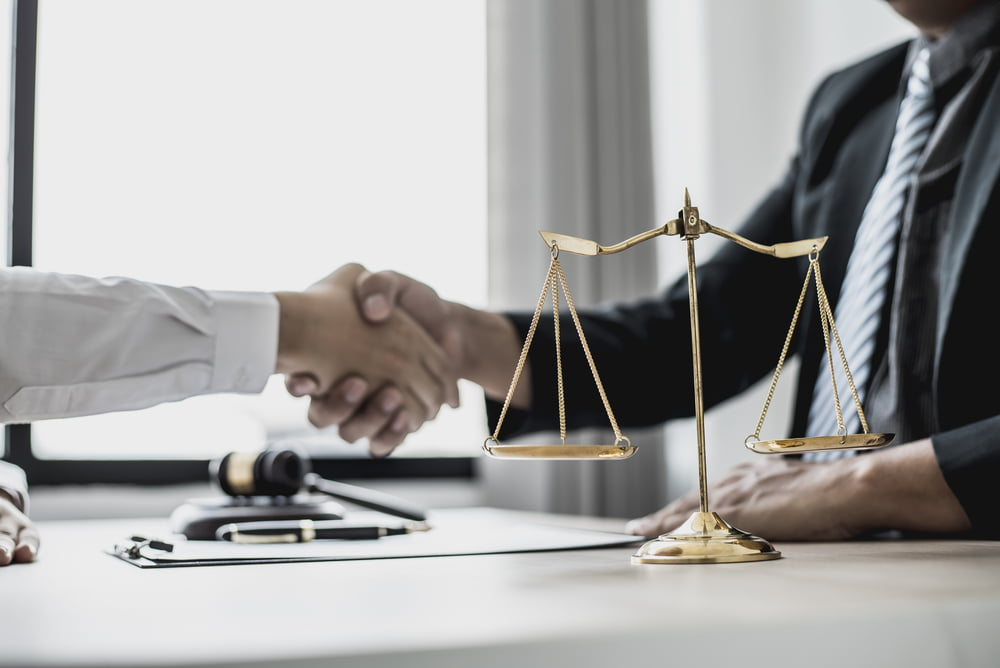 When Should You Hire a Personal Attorney